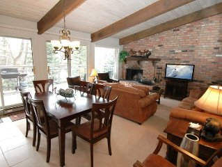Beautiful Chateau Roaring Fork, 3 bedroom deluxe with gorgeous views of river.