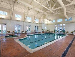 Williamsburg, VA: 1 BR Mini-Golf, Pool, By Historic Williamsburg & Busch Gardens