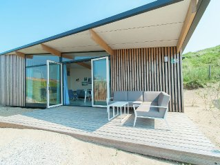 Pet-friendly Sea Lodge at a lovely holiday park near the beach of Bloemendaal