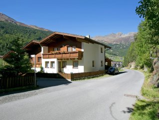 Beautiful holiday ersidence located only 1 km from the Gaislachkogel gondola.