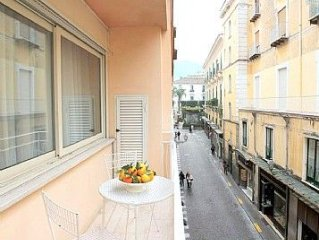 Appartamento Plinia D is a graceful apartment.  You will be in the center of So