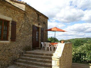 Heavenly holiday home with swimming pool and garden near Villefranche-du-Perigo