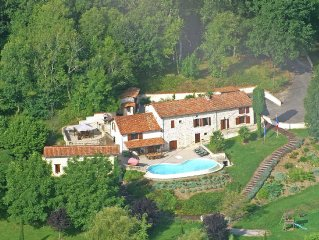 Heatable swimming pool at the home of your dreams near Riberac (7 km) in an idy
