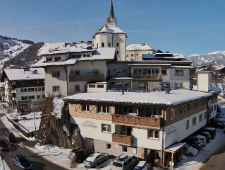 Chalet appartement in the centre of Kaprun, with a great view on the mountains.