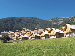 Comfortable apartments in a residence with beautiful view in the ski area of Es