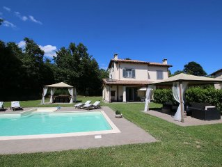 Holiday home on golf course with private pool near Bolsena lake