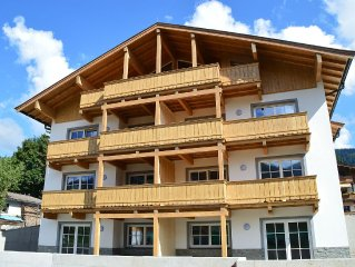 Top apartment, new and modernly furnished, in Brixen im Thale with terrace