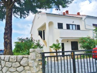 Apartments Stjepan, (14956), Malinska, island of Krk, Croatia