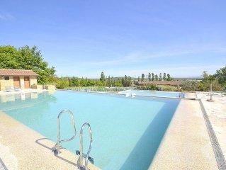 Villa Fontanile B e un elegante ed accogliente appartamento che e parte di una