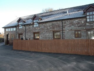 Rural and comfortable home surrounded by the nature of Brecon