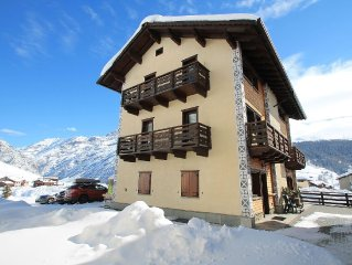 Apartment at 600mt from the ski lift and only 300mt from the ski slopes