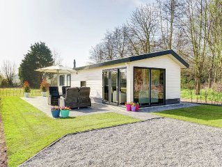Comfortable chalet on Parc du Soleil with a covered pool not far from the beach