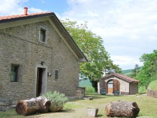 A cozy retreat with pool for every need in the high Mugello.