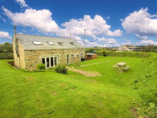 Stunning detatched stone barn, close to the coast