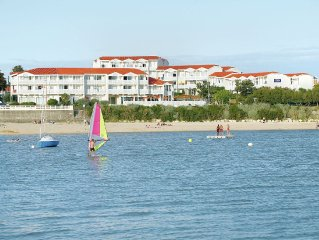 Beautiful apartment for 4 persons located on beachfront resort in Fouras
