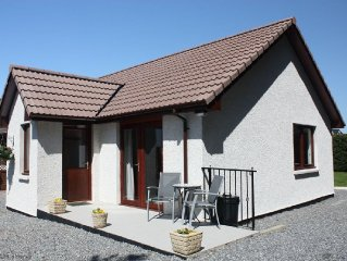 Light and airy modern holiday home, great country location on the Black Isle