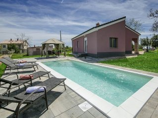 Lovely house with pool and terrace in southeast of Istria