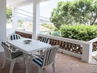 Cozy ground-floor apartment situated just 300 meters away from La Farella beach
