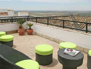 Luxurious apartment in a typical 'pueblo blanco', not far from coast and Cadiz