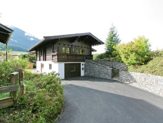 Attractive spacious villa, very near ski resort.