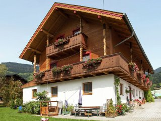Simple yet cosy holiday home in Walchen-Piesendorf