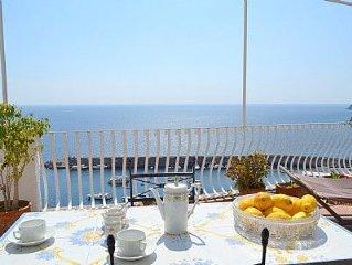 Casa Lazira e un gradevole e spazioso appartamento rivolto al sole e al mare, p