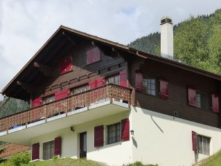 Chalet located on a peaceful place in Fiesch.