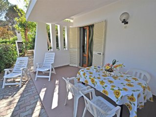 Apulia detached house just 200 mt. by a fine white sand