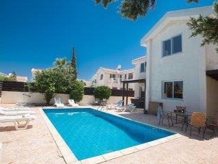 Protaras Holiday Villa MA14 -  a villa that sleeps 6 guests  in 3 bedrooms