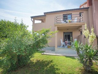 Nice apartment on the ground floor, 5.5km from the beach and 10 km from Porec