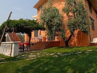 Casa Concerto B is a graceful apartment located on top of a small hill.  You wi