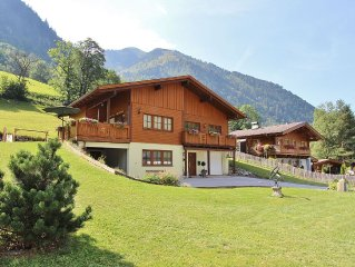 Detached chalet in modern design with sauna, close to Zell am See and Kaprun