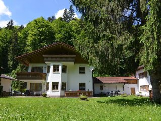 Holiday apartment in the beautiful Berchtesgaden countryside
