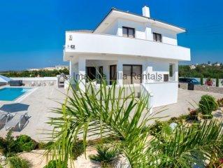 Protaras Holiday Villa DE2 -  a villa that sleeps 8 guests  in 4 bedrooms