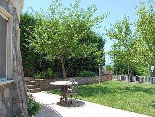 Villa Crispina B: Un gradevole appartamento che è parte di una villa con vista s