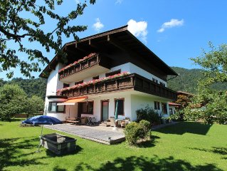Sunny home, directly in the pleasant centre of Kirchdorf