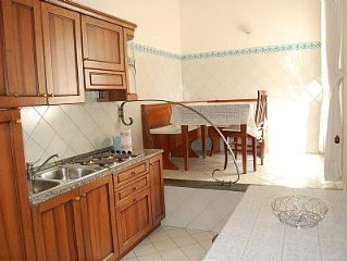 Casa Graziella C is a cozy apartment located in the center of Sorrento. It feat