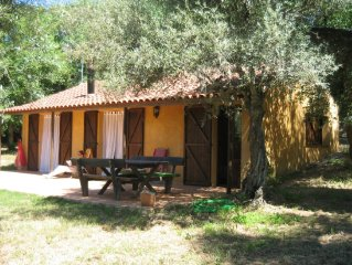 Holiday home with swimming pool (shared) in the S