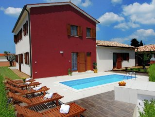 Luxury villa with private pool,fenced garden and coverd terrace. Well furnished