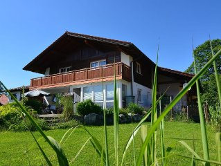 Rest & relaxation - holiday apartment with a view of the Allgau Alps