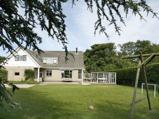 Lovely group accommodation with extras, located near the sea and beach