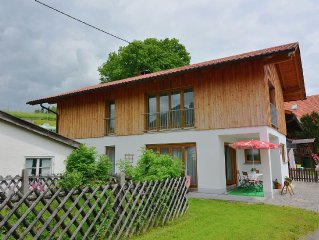 A holiday home for six people on the edge of the Alps. You will enjoy sole occu