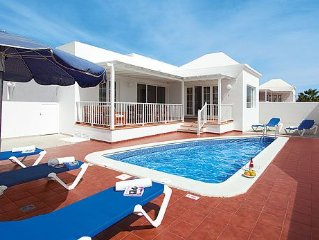 Well-furnished villa close to active resort, with games room, pool and sun-bath