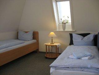 Zweibettzimmer - Gastehaus Wehrmann