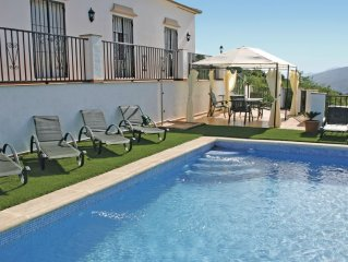 3 bedroom accommodation in Iznájar
