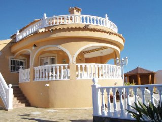 3 bedroom accommodation in Rojales