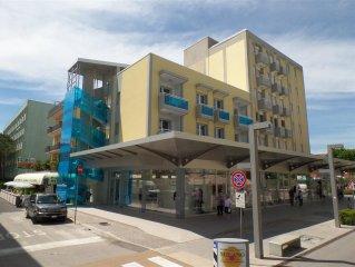 Nuovissimi appartamenti affacciati all'isola pedonale, full optional