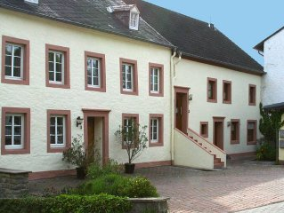 Lovely holiday apartment in the beautiful town of Bitburg.