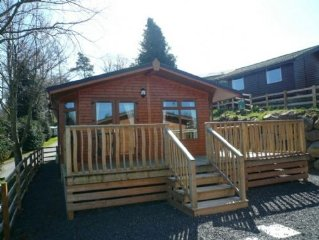 Barton Lodge, Pooley Bridge Holiday Park - A log cabin that sleeps 6 guests  in