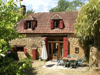Beautiful house on estate in the peace of nature of Saint-Cirq-Madelon (3 km)